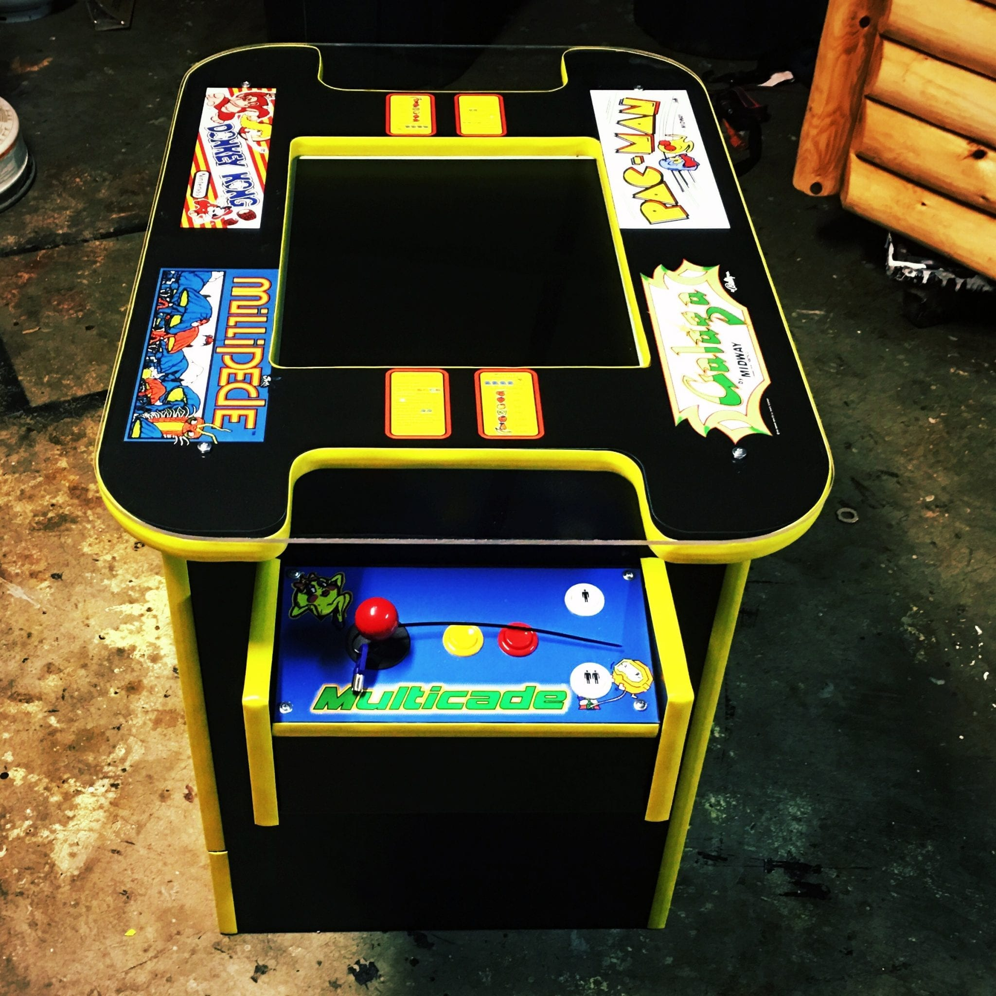 Cocktail 60 in 1 Classic Arcade Game Roomscene